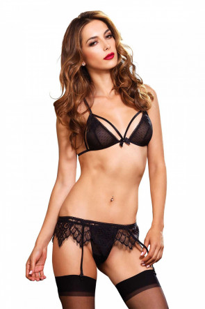 Chantilly Lace Set
